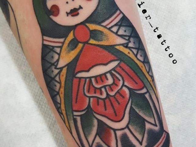 tattoo, studio tentation, tatouage, old school, traditional tattoo, russian doll,